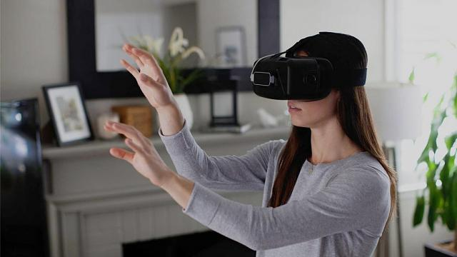 Virtual reality peripherals to check out-leap-motion-2-1471471328-2c4e-column-width-inline.jpg
