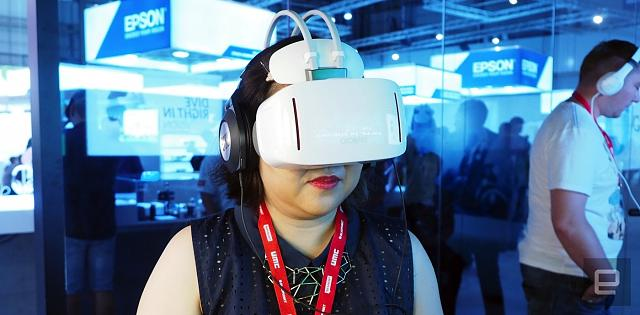 Alcatel's standalone VR headset is a tough sell-p9030195-1.jpg