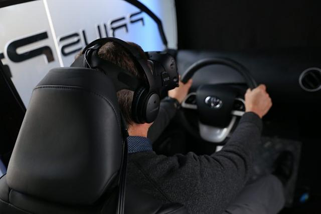 Customers Can Test Drive The Latest Toyota Prius In VR Before Buying It-img_0347.jpg