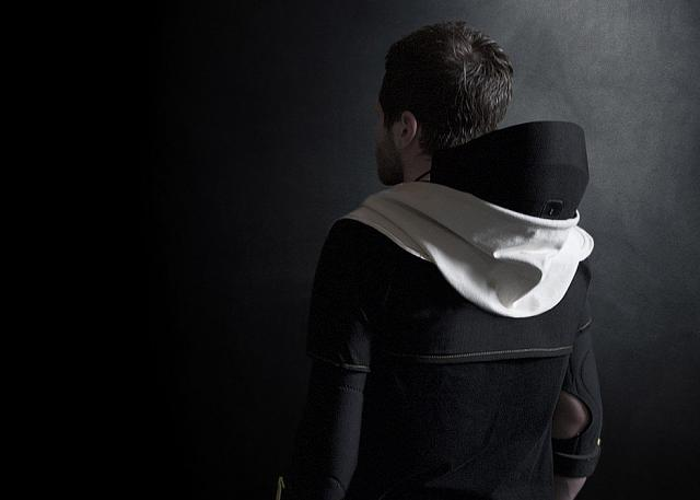 The next step in VR acceptance - beautiful design-vr-hoodie-artefact-design-technology-virtual-reality-gaming_dezeen_1568_8-936x669.jpg