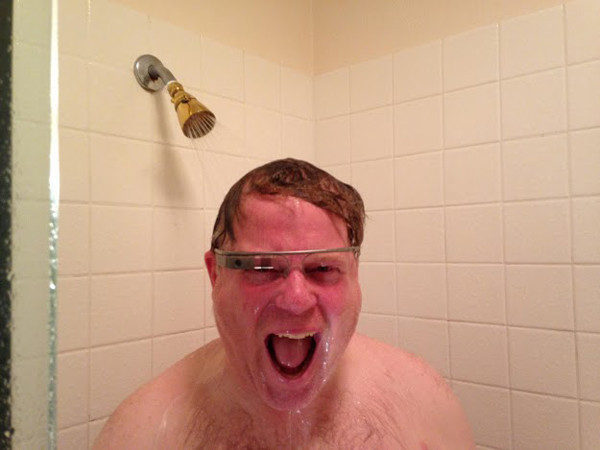 Apple is Reportedly Testing a Google Glass-Like Wearable Device-scobleintheshower_21739e7d79170bf8514be2426ebaf4d1-m.jpg